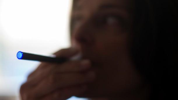 ecigarettes-e1405096115205