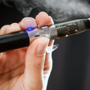¿Cigarrillos electrónicos en la suministración defármacos?