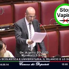 Il Giornale della Liguria | Il deputato grillino che spegne le sigarette elettroniche inaula