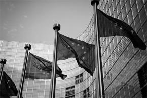 Tabacco: Commissione Ue, inaccettabile rinegoziaredirettiva