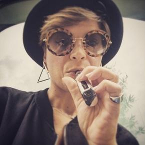 SVAPATORI VIP_Anche Alessandra Amoroso ha deciso di passare alla sigarettaelettronica