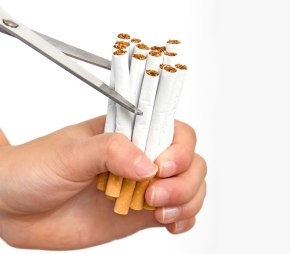 E-Cig? Smette di fumare anche chi nonvuole.