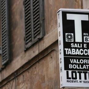 Roma, tabaccai in piazza per regole su prodotti innovativi ecannabis